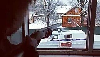 Появилось видео штурма дома, где уже покончили с собой псковские школь