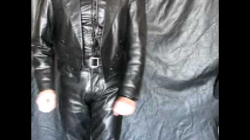 Vaquero Cuero Negro / Black Leather Cowboy