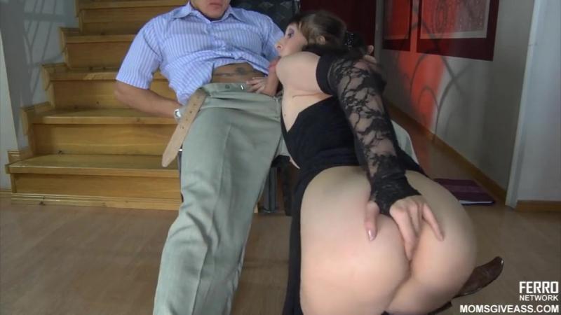 видео порно трахнул хозяйку квартиры встал