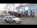 Zelenie chelovechki Pytina v Krimy