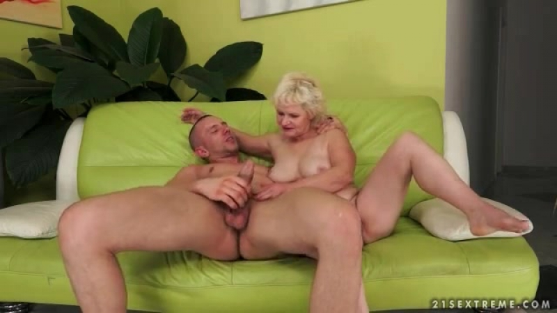 Hairy blonde mom rides dick with tight vagina - Mature Porn