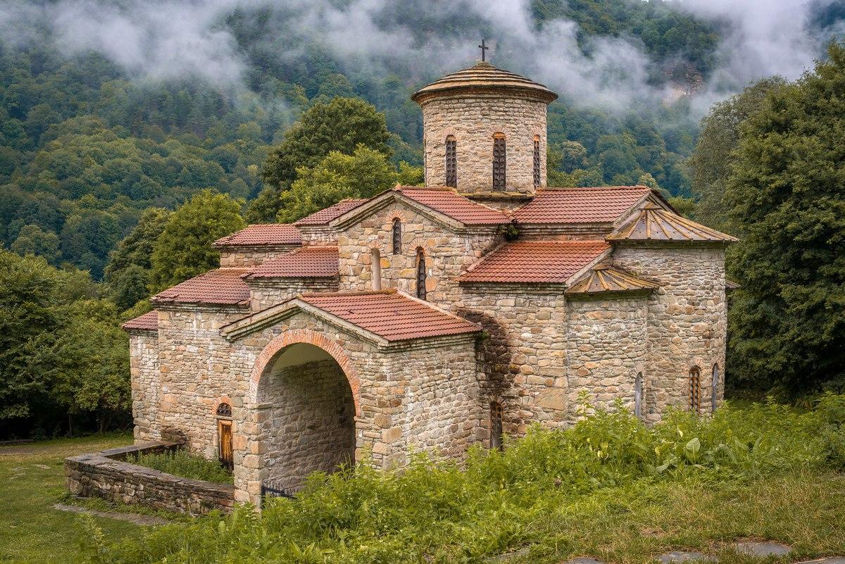 Ученые из Чехии изучат древнейшие аланские храмы в Зеленчукском районе