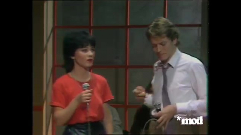 Robert Palmer and Marie Leonor - Johnny Marie (Collaro Show, 1981)