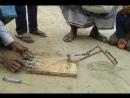 Игрушечный экскаватор - бедность не порок
