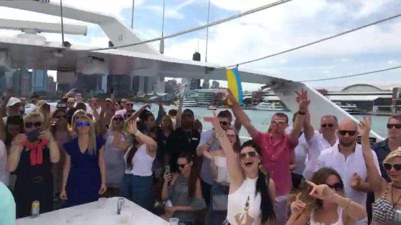 Українська вечірка на яхті Чікаго!