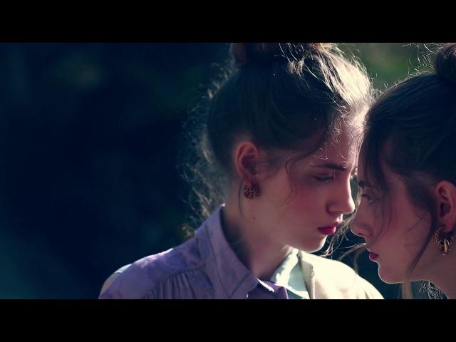 On Set | Lia Pavlova Odette Pavlova