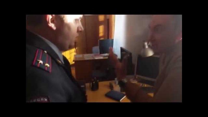 Полицейский с Рублевки отсосу