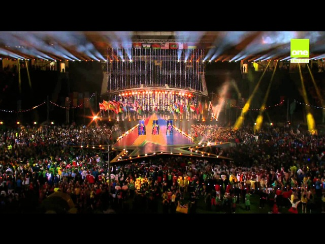Jessica Mauboy Sea Of Flags Anything Is Possible at Glasgow Comm Games 3 August 2014 HD