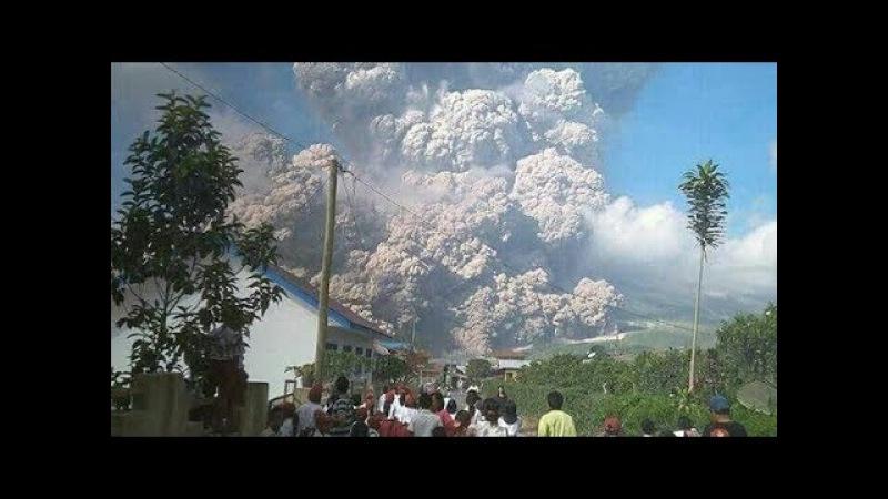 Dahsy4tnya Erupsi Gunung Sinabung Hari Ini Hingga Beberapa Daerah Di Sumatra Menjadi Gelap