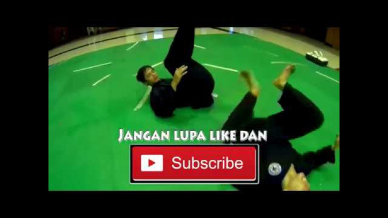 Suhartono Hartono Pencak Silat Basic Kicking and Scissors, in Pencak Silat Tanding.
