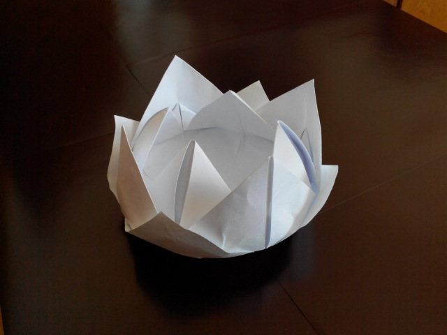 Лилия кувшинка оригами 12 лепестков Lilia water lily origami 12 petals