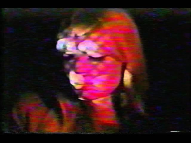 Nico Crying Pop Girl of '66' psych noise Velvet Underground Live