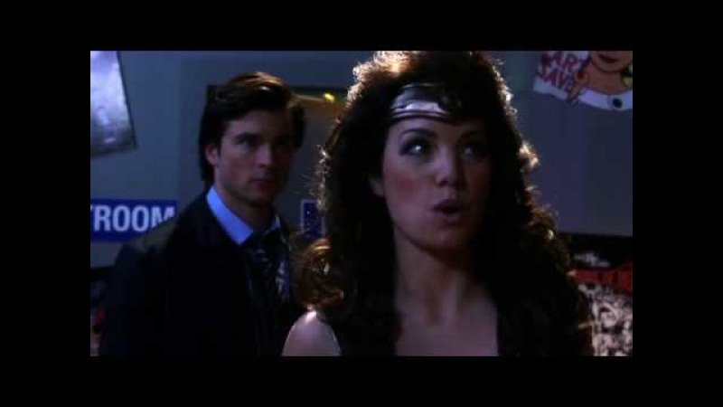 Smallville 9x12 - Warrior - Lois jealous of Zatanna and Clark