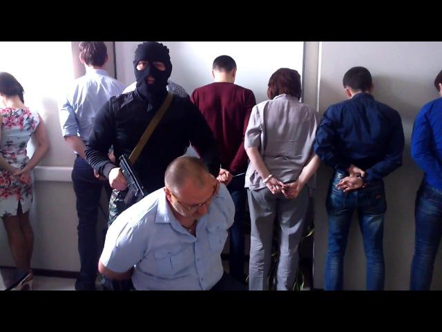 Захват заложников в офисе. Розыгрыш шефа | Office Hostages Prank