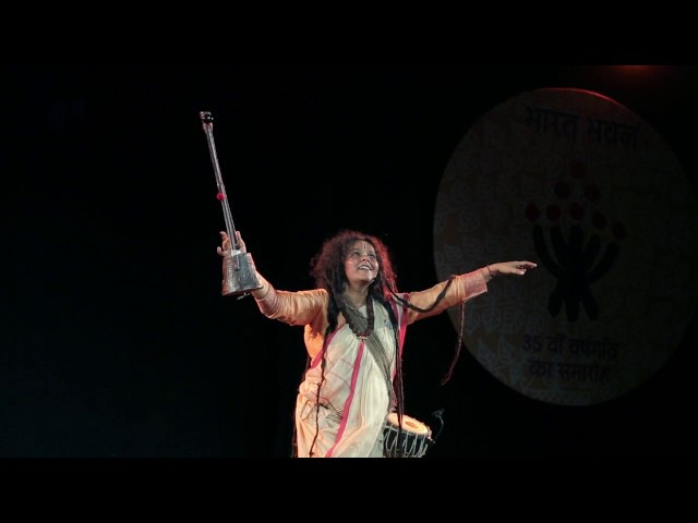 Parvathy Baul the leading Baul musicians in India. at Bharat Bhawan Bhopal 16-2-2017