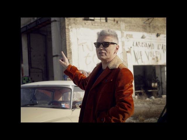 Ligabue - Mi chiamano tutti Riko (Official Video - Made In Italy Soundtrack)
