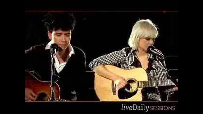 The Raveonettes: liveDaily Sessions - Aly, Walk With Me