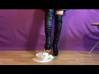 Knee high boots cake crush