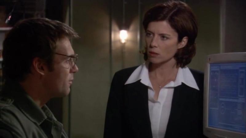Звездные врата: Первый отряд  1-2 серия 8 сезона  Элизабет Вейр 15 сцена