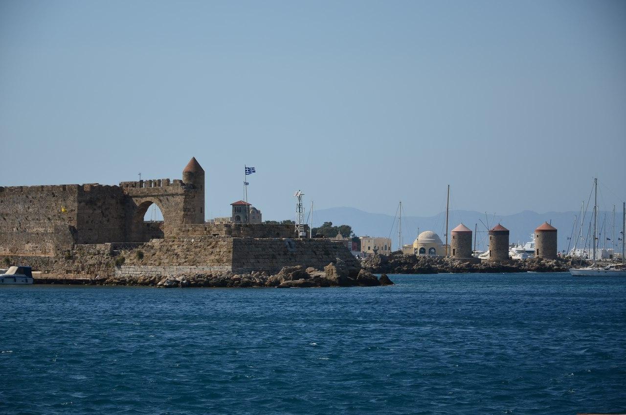 4LzvUZOhG3Q Родос - столица солнечного острова.
