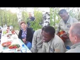 Братья из Конго поют Господа Офицеры