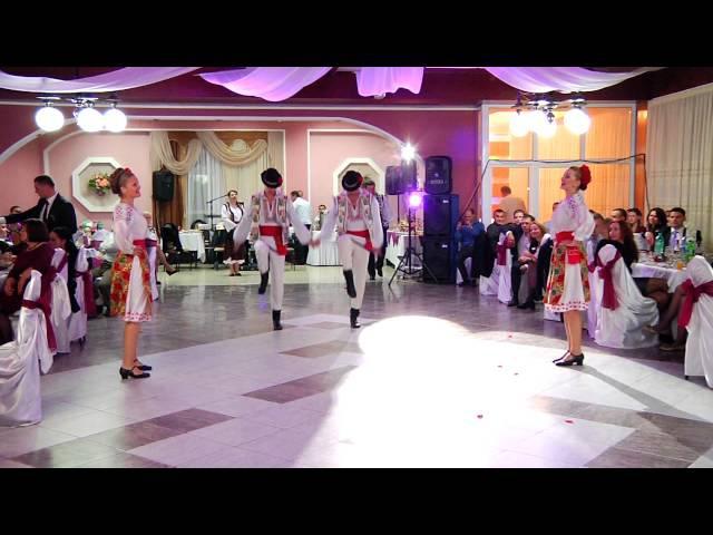 Dansatori _Cahul City