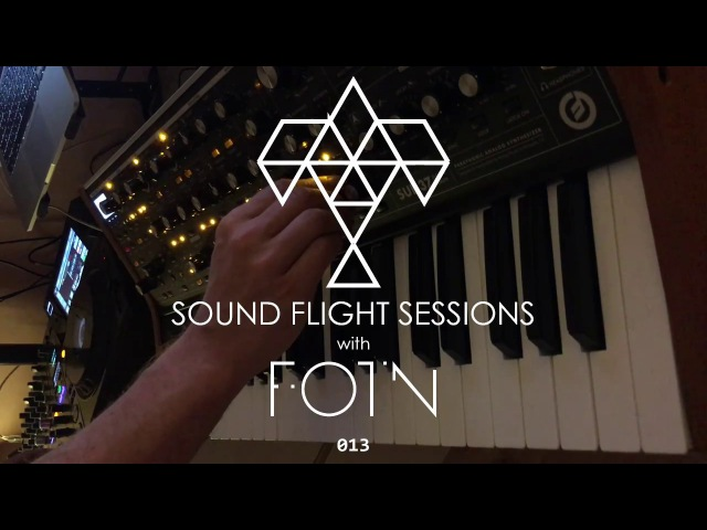 Sound Flight Sessions 013 - Live Mix with Pioneer DJM-900NXS2, Ableton, Moog Sub 37
