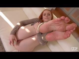 Amberlily foot fetish