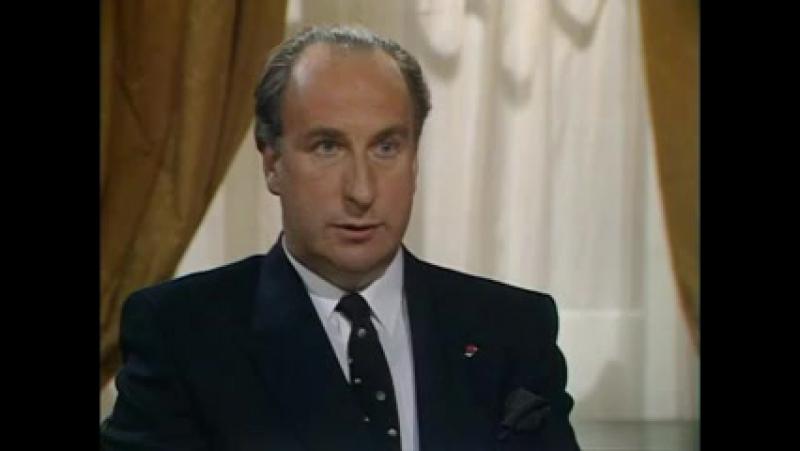 Да, господин премьер-министр Сезон 2 (3) Дипломатический инцидент