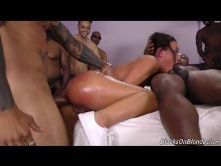 Erect nipples blowjob_7539