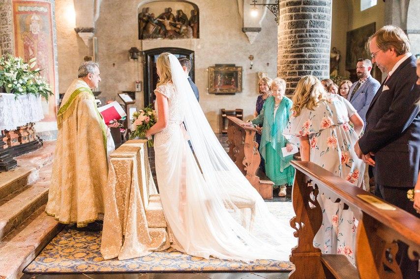 w081kQaVsD4 - О чем необходимо знать невесте: советы флориста