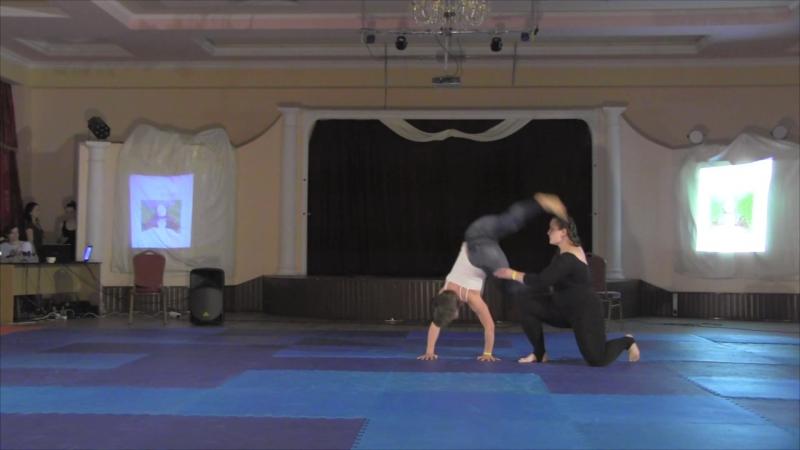 Acro Performance Inside. Даша Калиникина, Катя Большакова. Выступление на 4-м акропразднике