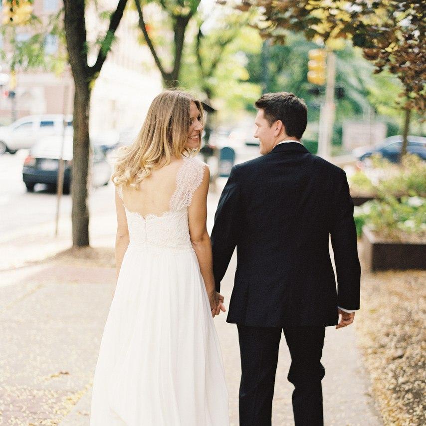 5k37FudAWnQ - Свадьба в безмятежный полдень