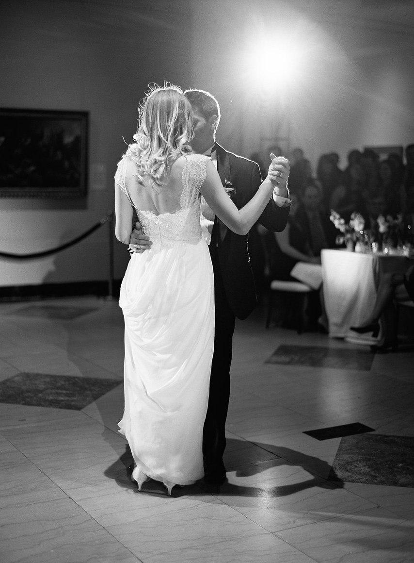 OClYDEsKV3s - Свадьба в безмятежный полдень