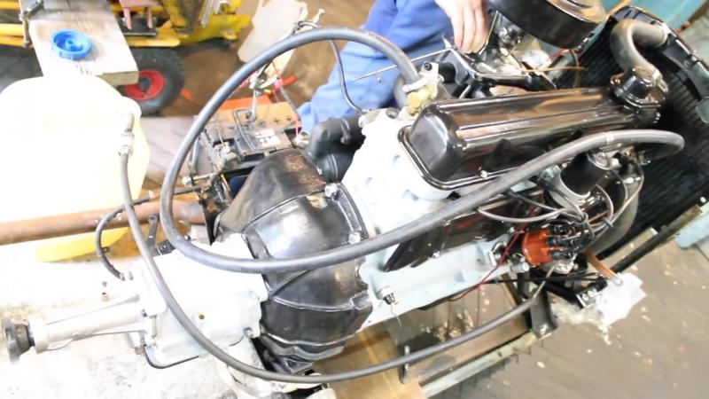 Opel Kapitän 1959 Schlüsselloch - Motor wird gestartet
