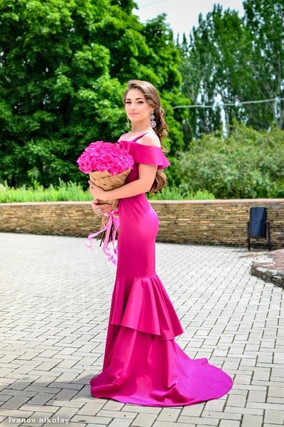 Анна Алексеенко