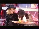 Алла Пугачёва и Филипп Киркоров - Месье Брошкин (Новогодний огонек 2001 / 2002)