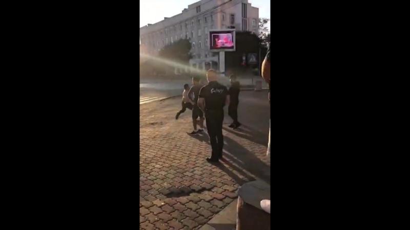 Чемпиона мира по пауэрлифтингу Андрей Драчева убили возле хабаровского кафе (1)