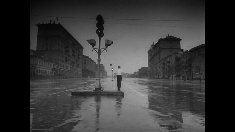 Мне двадцать лет (фильм Марлена Хуциева, 1965, стихотворение Маяковского)
