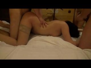Муж поделился женой с другом домашнее порно