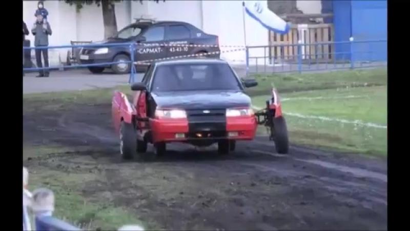 Отец и сын собрали из обычной старенькой Лады самый настоящий автомобиль-трансформер.