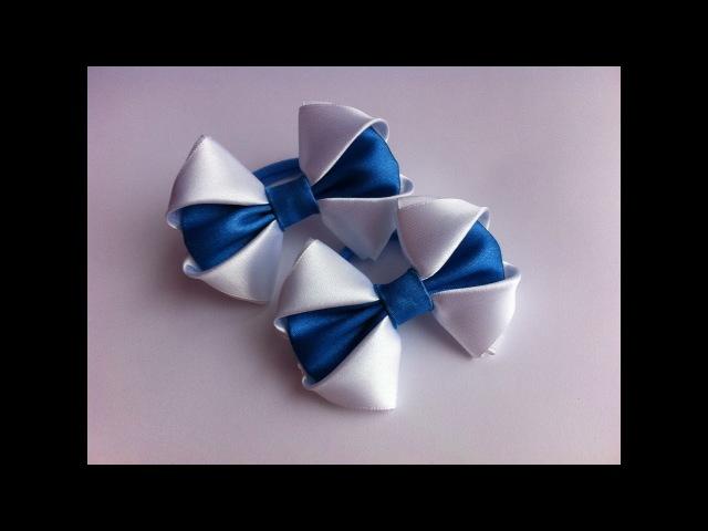 Украшение на резинку Канзаши / Бело-синие бантики