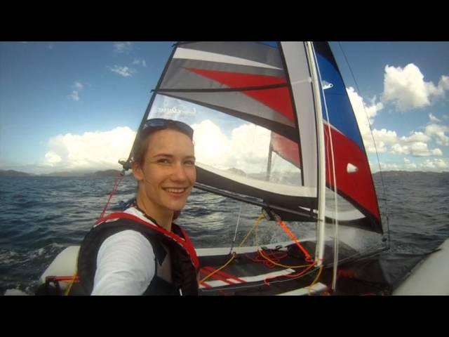 Лаура Деккер путешествует между островами Новой Зеландии