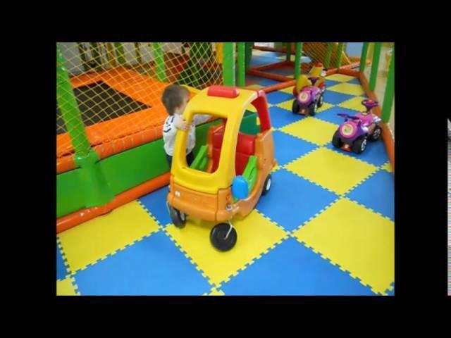Машина едет далеко. Еду на машине. Песенки для детей!