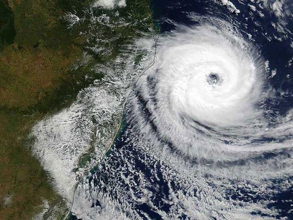 Предупреждение отдыхающим в Приморье о мощных тайфунах в августе