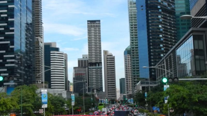 Я в Сингапуре на туристическом автобусе