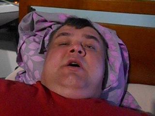 Я лежачий инвалид,без ног и иные болезни.