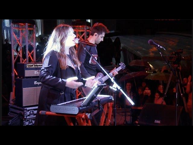 Garik Sona - ampi takic HD (live at Aznavour square)