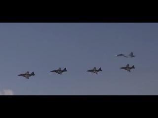 Воздушный парад ВКС РФ в Пальмире и смотр сил Армии Сирии