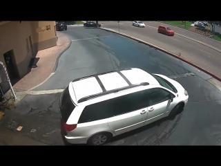 Как эффектно выехать с автомойки